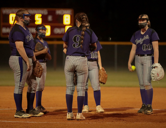 West_Bladen_Lumberton_softball_03