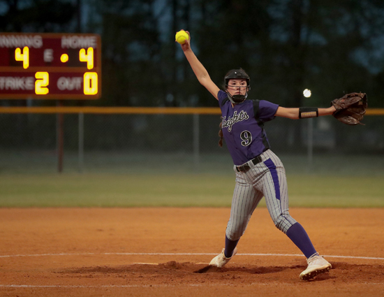 West_Bladen_Lumberton_softball_04