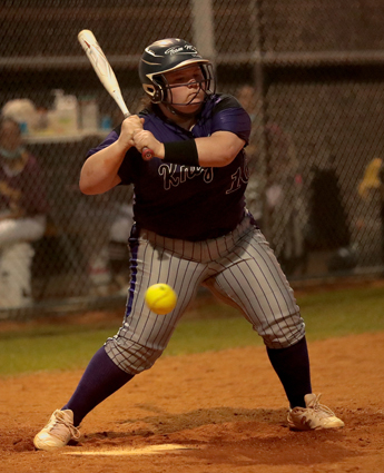 West_Bladen_Lumberton_softball_07
