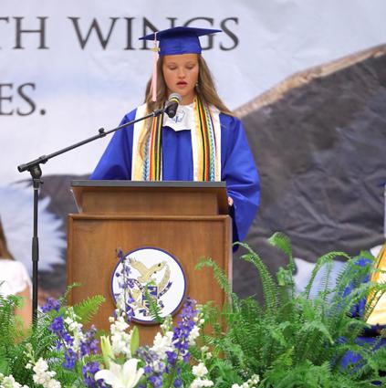 East_Bladen_graduation_16
