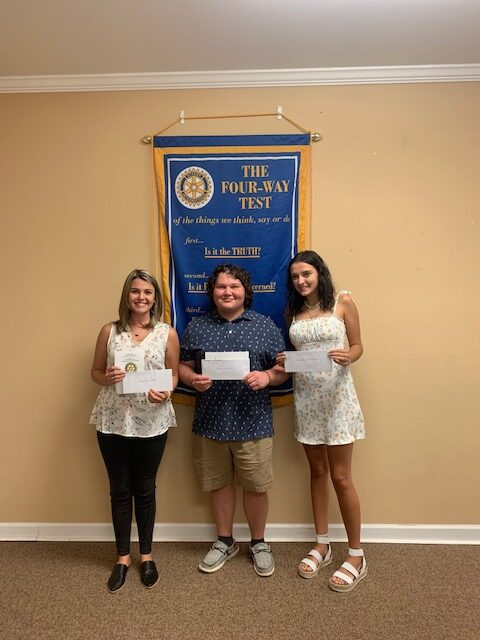 Bladenboro Rotary Club Celebrates 54 Years of Service with Scholarships and Awards